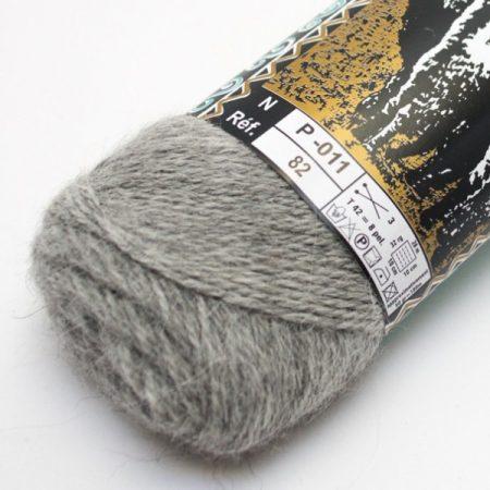 Alpaga des Andes naturfärg